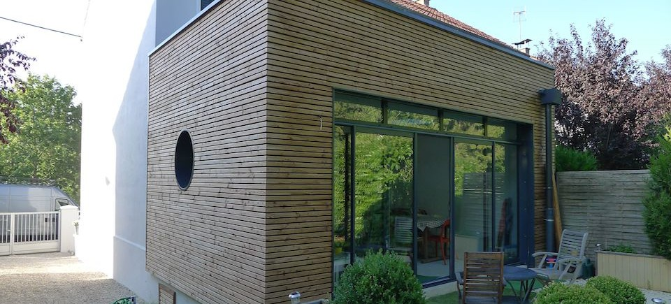 Extension r novation ossature bois bbc dijon 21 esquisse bois for Maison 1970 renovation